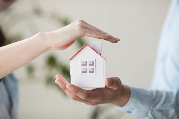 Fixing Up and Flipping Real Estate for a Profit